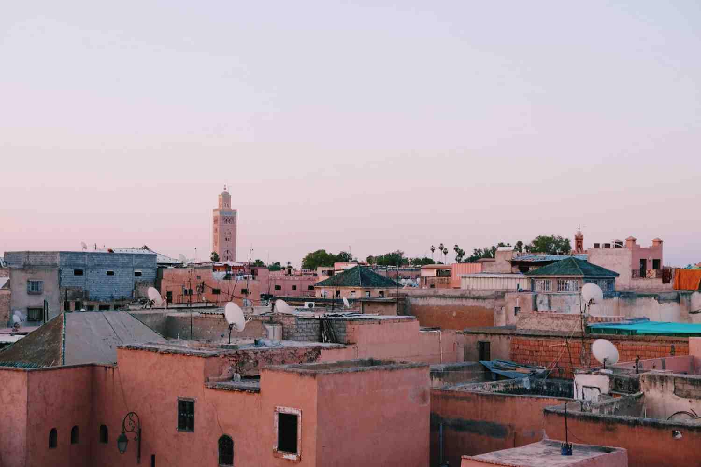 A quelle heure vais-je au Maroc?