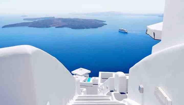 Comment arriver à Oia Santorini?