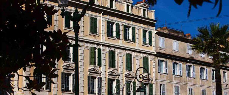 Comment faire pour aller en Corse ?