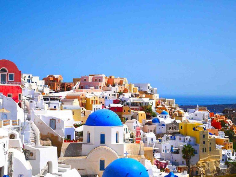 Comment se rendre sur l'île de Santorin ?