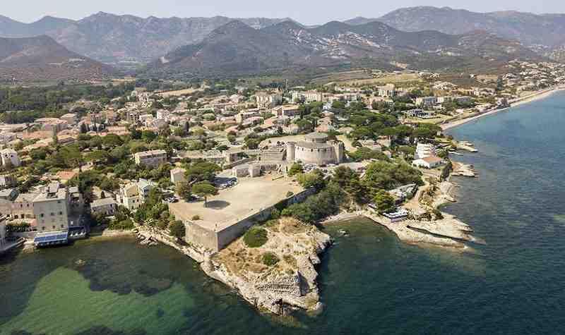 Comment visiter la Corse par semaine?