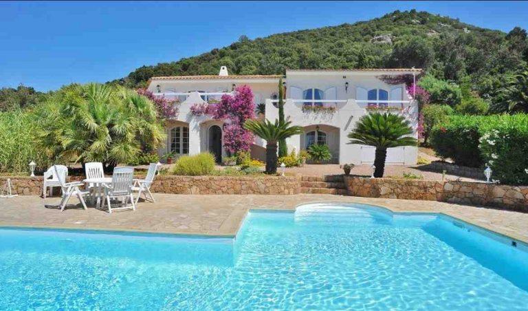 Où aller en Corse à la Toussaint ?