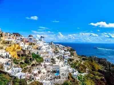 Où aller en Grèce en avion ?