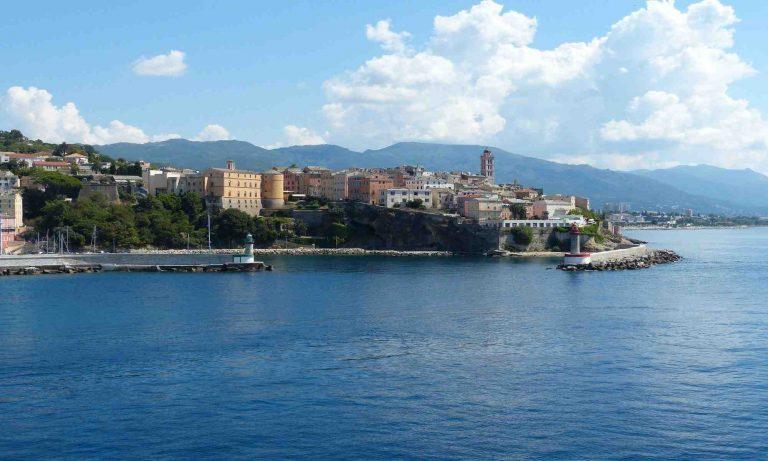 Où aller pour un week end en Corse ?
