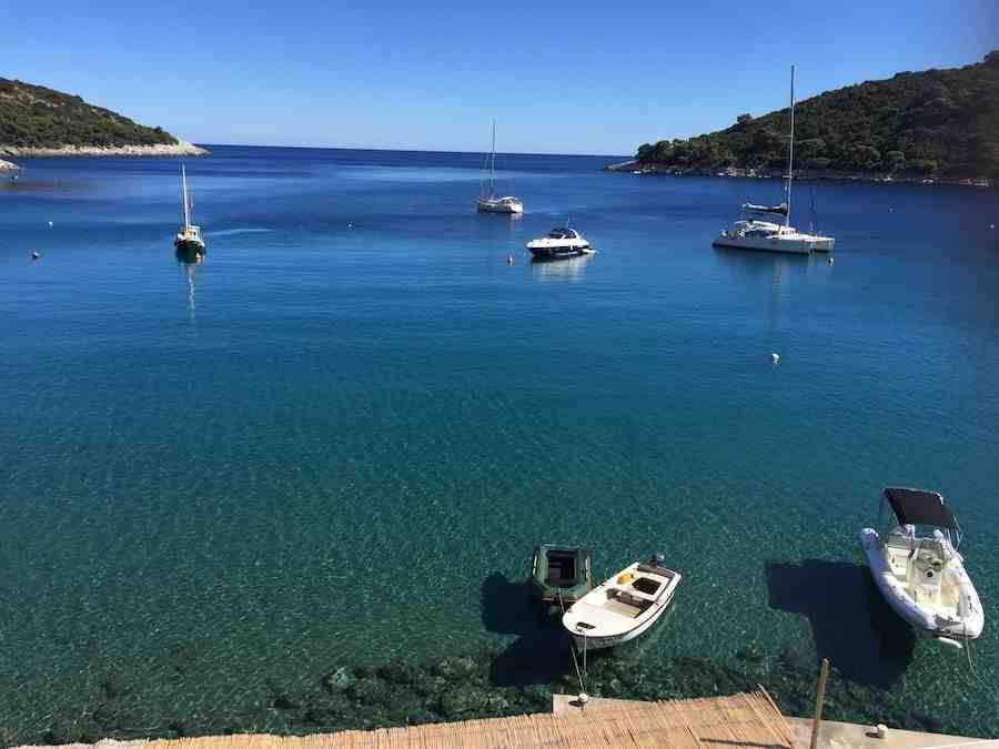 Où nager à Hvar?