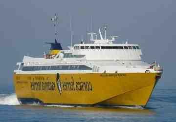Où prendre un bateau pour la Corse à Toulon?
