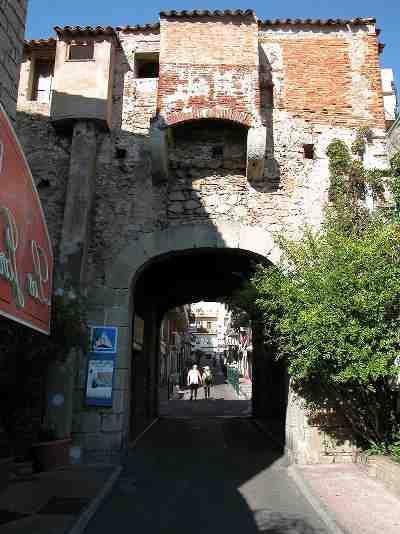 Où s'arrêter entre Bastia et Porto Vecchio ?