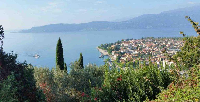 Où se loger pour visiter les lacs italiens ?