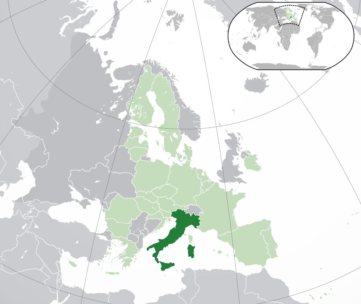 Quelle est la largeur de l'Italie?